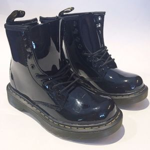 DR MARTENS DELANEY BLACK PATENT KIDS BOOTS - 12 US